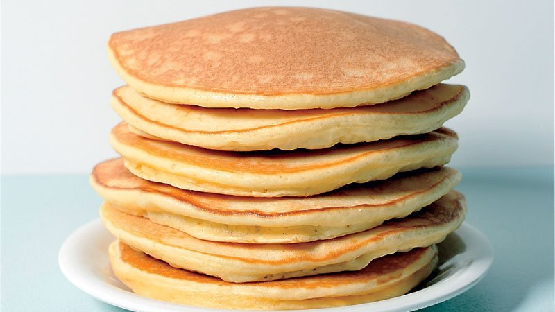 Bondi Chai Hotcakes Ingredients 1 cup of self-raising flour Pinch of salt 2 eggs 200ml milk 50ml water 50g melted buter 2 teaspoons Bondi Chai Vanilla Honey   Method Mix eggs, water and milk together; Fold in flour, Bondi Chai and salt. Mix in melted butter. Cook in non-stick frypan.